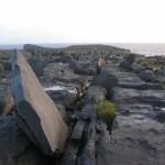 Black Fort, stones